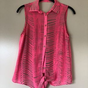 Must have summer top by Parker